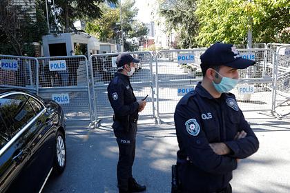 Прикованную наручниками украинку обнаружили мертвой в Турции