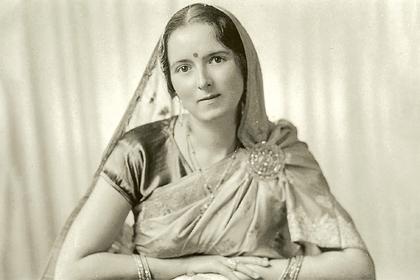 Как греческая писательница шпионила на Германию, приняла индуизм и объявила Гитлера воплощением бога