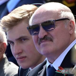 Николай и Александ Лукашенко