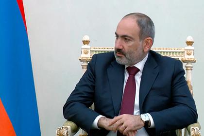 Пашинян вылетел в Москву на переговоры по Нагорному Карабаху