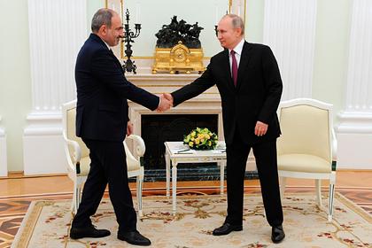 К Алиеву и Пашиняну перед встречей с Путиным отправили российских медиков: Политика: Россия: Lenta.ru