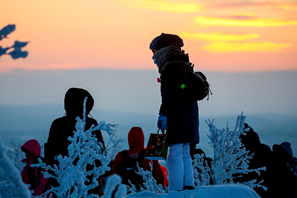 Россияне сорок дней не видели солнца. Как они встретили первый рассвет — в репортаже из Instagram