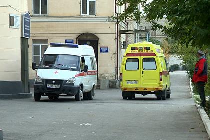 Десятки российских детей госпитализировали с отравлением: Общество: Россия: Lenta.ru