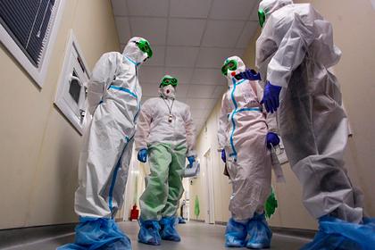 В России за сутки умерли 566 пациентов с коронавирусом