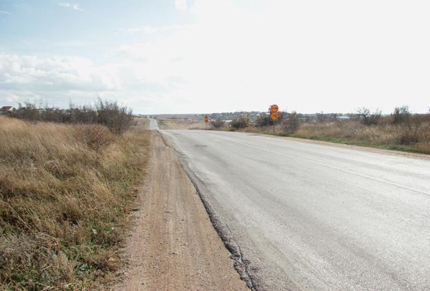 Дорога рядом с местом убийства инкассаторов из Вилино