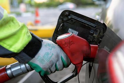 Россиянам пообещали рост цен на бензин в пределах инфляции: Госэкономика: Экономика: Lenta.ru