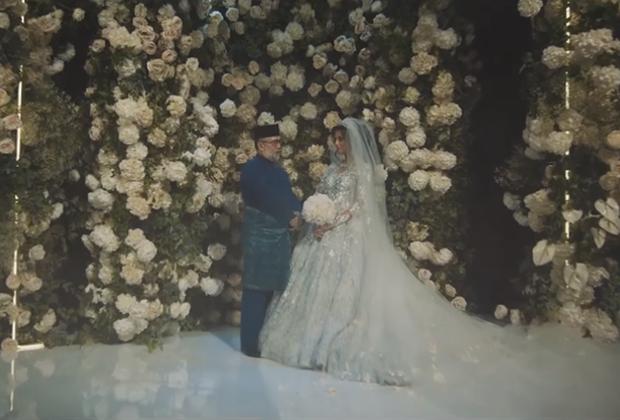 Свадьба султана Малайзии Мухаммада V и Оксаны Воеводиной