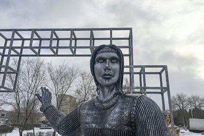 Скульптор оценил стоимость скандального памятника Аленке