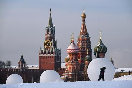В Москве повысили температуру отопления до максимума из-за морозов