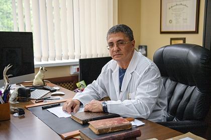 Доктор Мясников перечислил неочевидные симптомы инфаркта миокарда