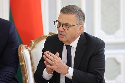Глава IIHF пожаловался на проблемы из-за общения с Лукашенко