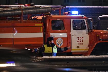 Три человека погибли в аварии с микроавтобусом и фурой в Подмосковье