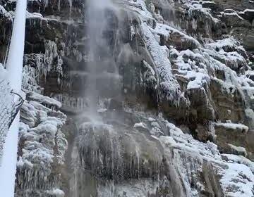 Самый большой водопад в Крыму замерз и попал на видео