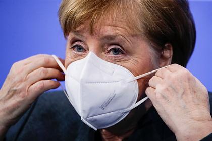 Меркель предупредила о серьезной опасности мутировавшего коронавируса
