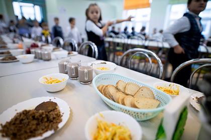 В подмосковных школах отравились более 90 детей