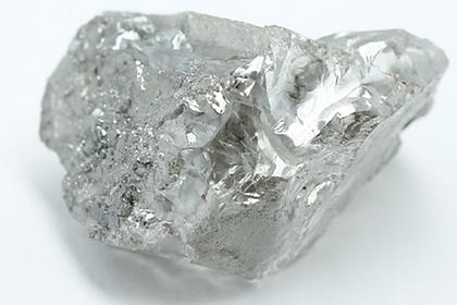 В России добыли два уникальных алмаза