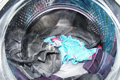 В Подмосковье мужчина дотронулся до стиральной машины и умер