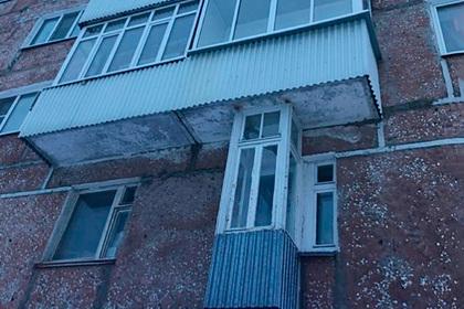 Одноместный балкон в российском городе удивил жителей