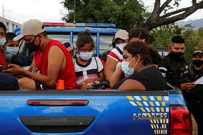 Байден остановил депортацию нелегальных мигрантов