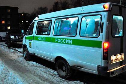 Россиянка несколько лет держала внучку взаперти