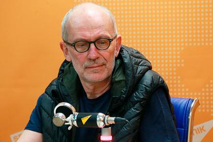 Телеведущего Александра Гордона госпитализировали с коронавирусом