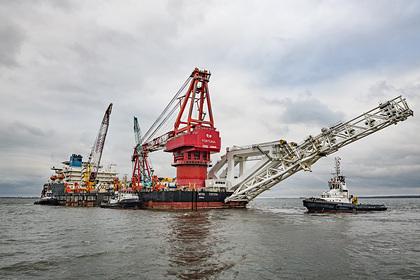 Способное достроить «Северный поток-2» судно вернулось к месту работ