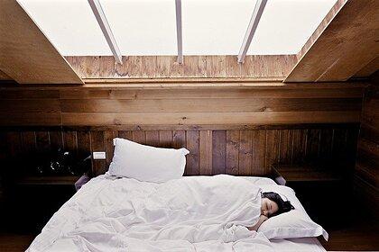 Врач рассказала о причинах частых пробуждений по ночам