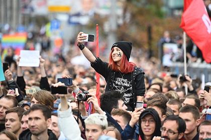 СК и ВС поддержали проект о наказании за вовлечение детей в акции протеста