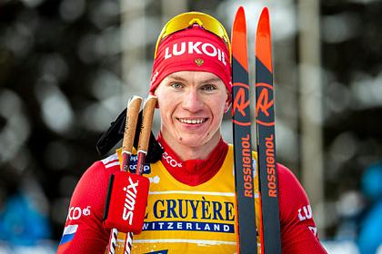 Финский лыжник получил травму руки после столкновения сБольшуновым