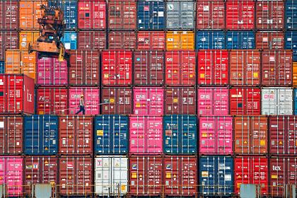 Мир накрыл глобальный транспортный кризис из-за дефицита контейнеров