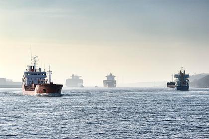 Нефтяные супертанкеры отправят на металлолом