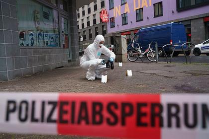 Мужчина напал с ножом на прохожих в Германии