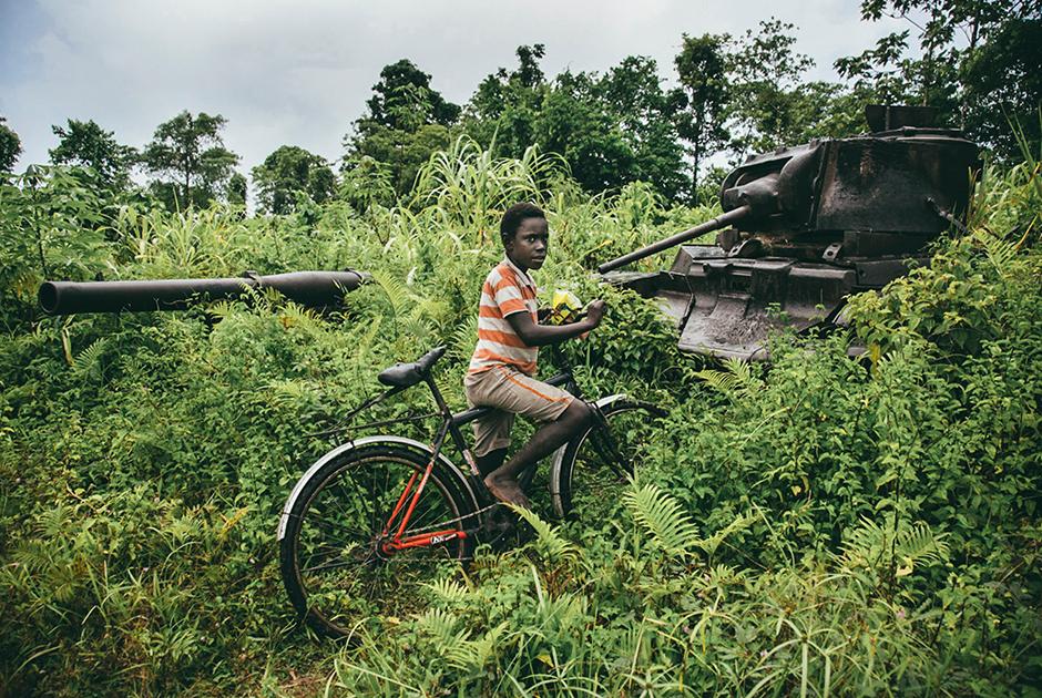 На юге Бугенвиля до сих пор можно увидеть военную технику, оставшуюся на острове со времен Второй мировой войны