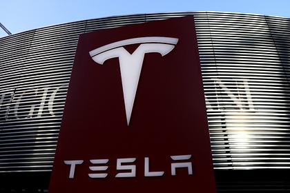 Tesla передала , что впервые завершила год счистой прибылью