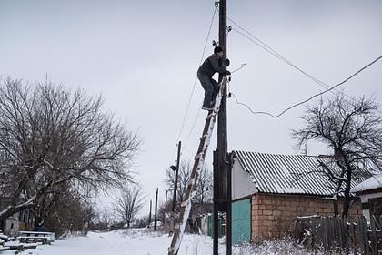 На Украине из-за непогоды без света остались почти три сотни населенных пунктов