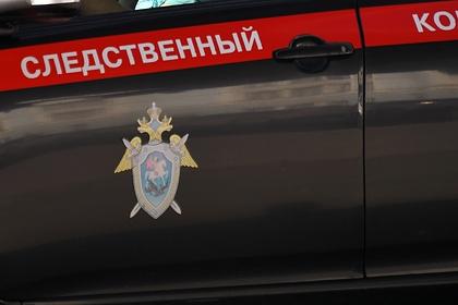 Россиянин жестко бросил своих детей на пол и был задержан