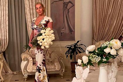 Волочкова объявила о распродаже своих элитных квартир
