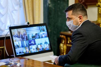 Три украинских телеканала прекратили вещание после санкций Зеленского