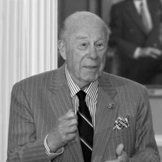 Джордж Шульц