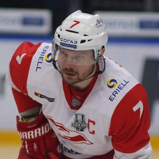 Бывший игрок НХЛ высказался об отношении к русским в Канаде