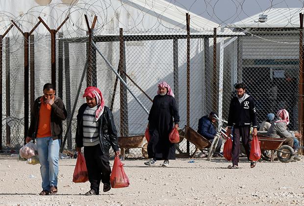Сирийские беженцы в лагере Аль-Заатари (город Эль-Мафрак в Иордании)