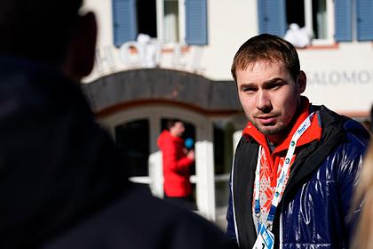 Шипулин объяснил стычку Большунова с финским лыжником и призвал уважать русских