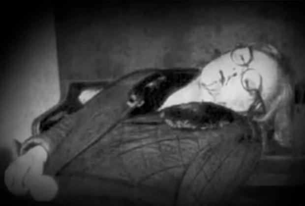Тело Зои Федоровой на месте убийства