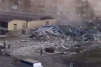 Стало известно о раненых после мощного взрыва в торговом центре во Владикавказе