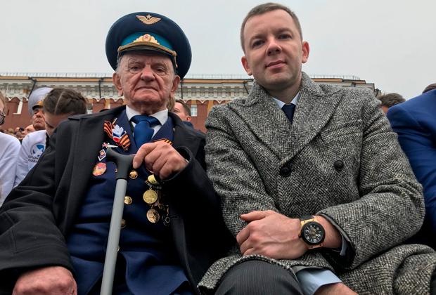 Ветеран Игнат Артеменко и его внук Игорь Колесников