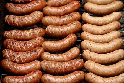 В России предложили поднять цены на колбасу