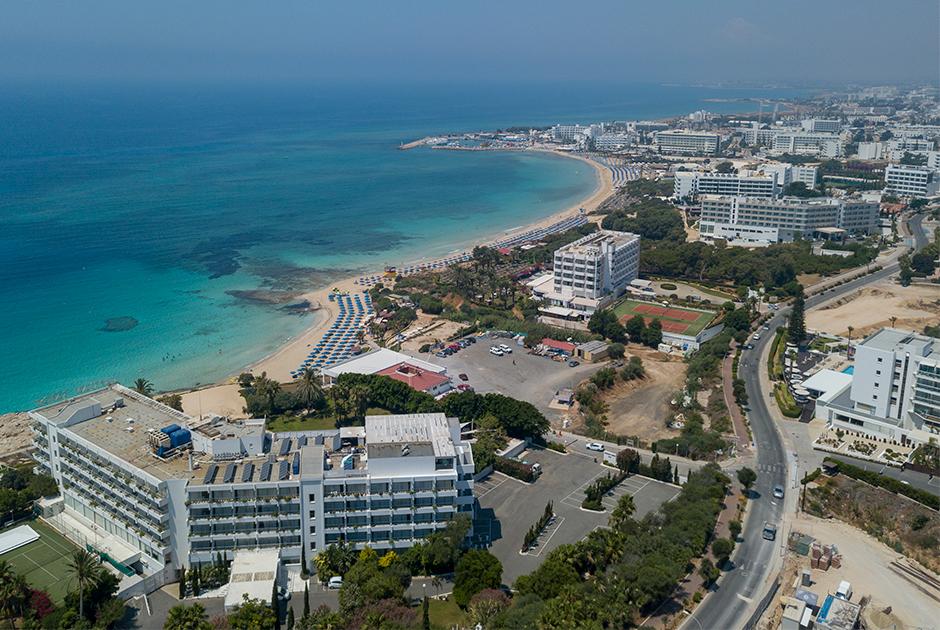 Курортный город Айя-Напа на Кипре