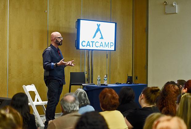 Выступление Джексона Гэлакси на Cat Camp в Нью-Йорке