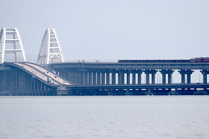 Движение на Крымскому мосту частично восстановили