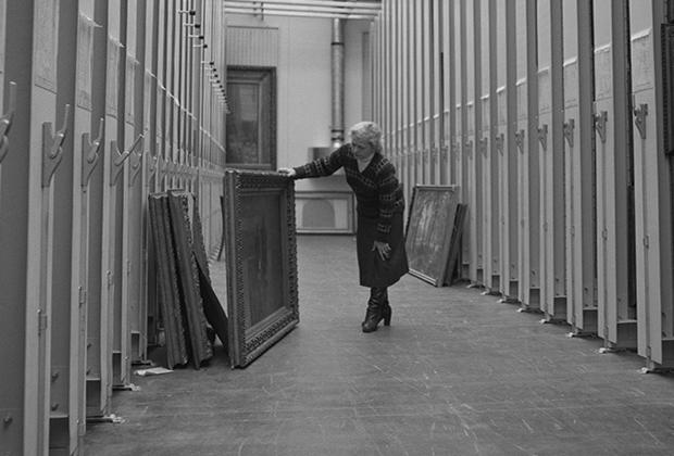 Новые хранилища обновленной Третьяковской галереи. Москва, 19 декабря 1988 года